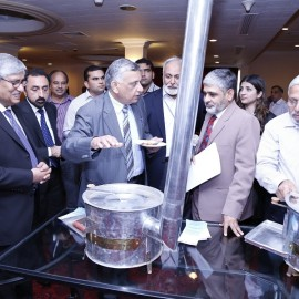 Mr. Salis Usman, Programme Leader, SEC briefs Mr. Mohammad Naeem Malik, Director SEC, Mr. Chaudhry Muhammad Arshad, Managing Director, NTDCL, Pakistan and other delegates on SAARC Improved Cooking Stoves (ICS).